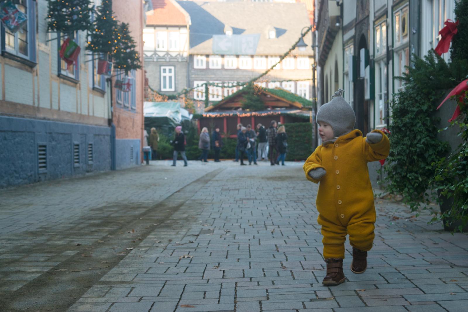 Weihnachtsmarkt Goslar Weihnachtsmarkt Abends Nachts Tags trendshock heimat harz schönster weihnachtsmarkt glitzer leuchten kerzen bratwurst glühwein schiefer brunnen