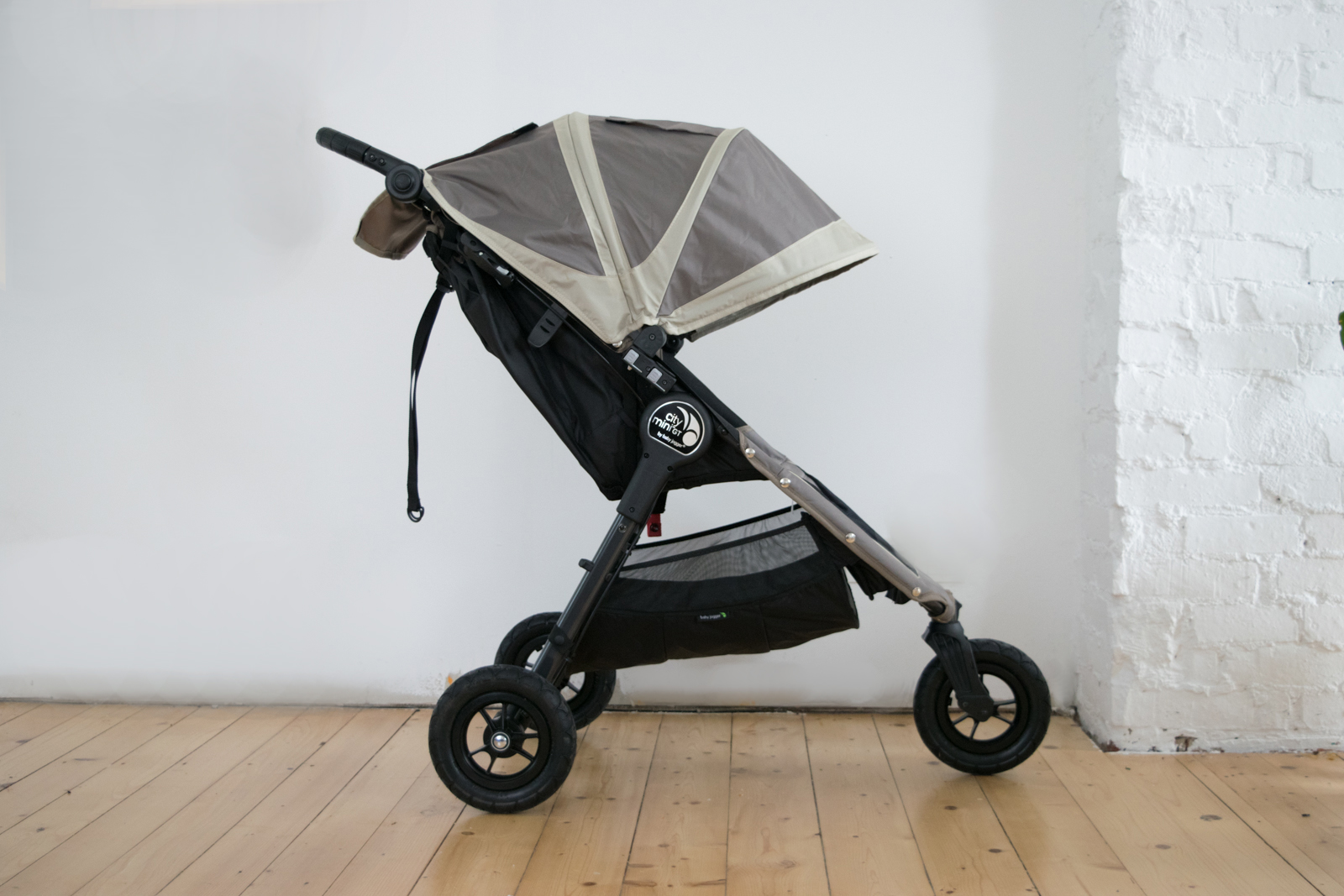 baby jogger city mini gt buggy kinderwagen im test. Black Bedroom Furniture Sets. Home Design Ideas
