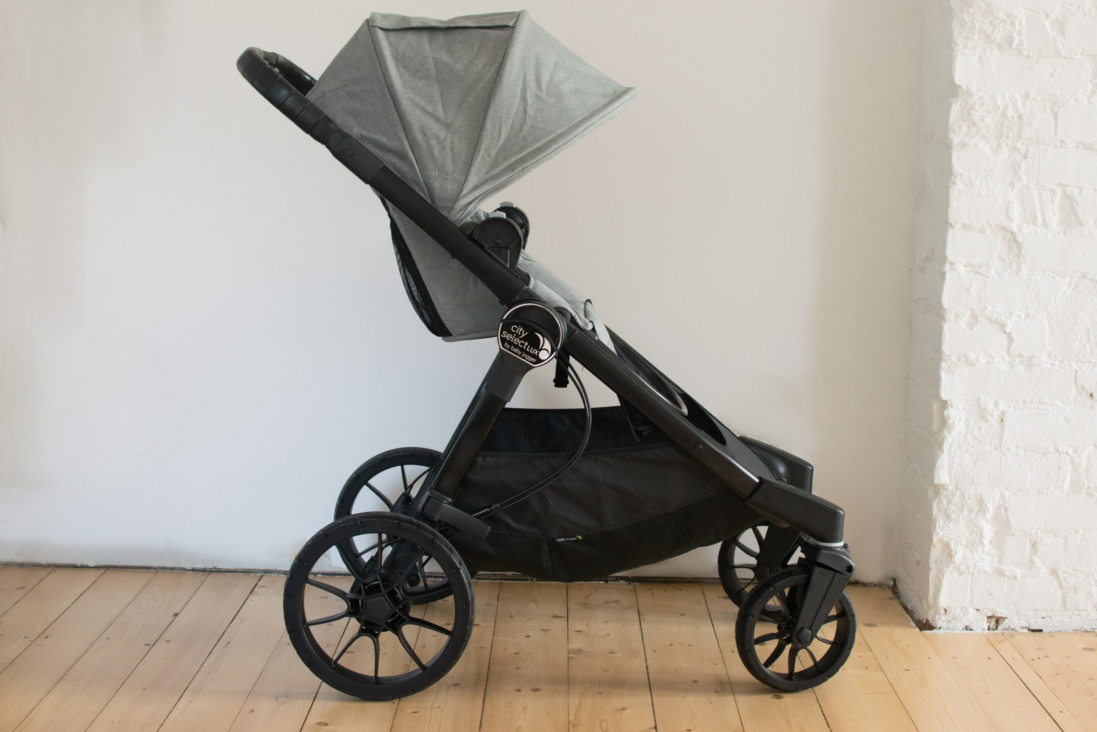 der baby jogger city select lux kombi kinderwagen im test. Black Bedroom Furniture Sets. Home Design Ideas