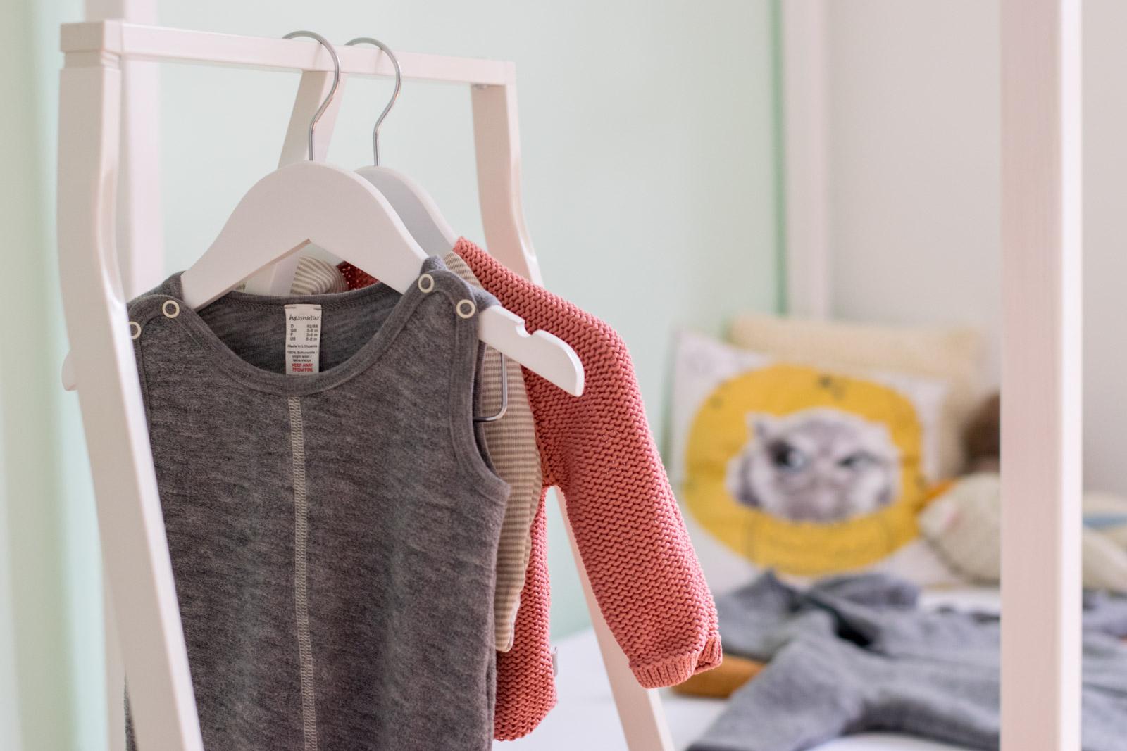 winterbaby baby winter kleidung erstaustattung was anziehen 1 von 1 4 trendshock. Black Bedroom Furniture Sets. Home Design Ideas