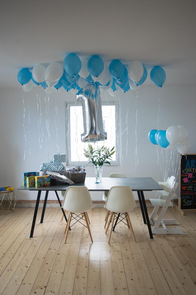 kreideltafel ideen zum ersten geburtstag die perfekte dekoration. Black Bedroom Furniture Sets. Home Design Ideas